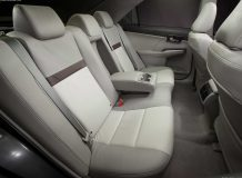 Интерьер новой Тойота Камри 2012