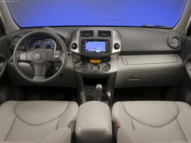 Салон Toyota RAV4 3