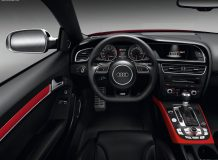 Фото салона Audi RS5 Coupe