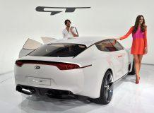 Kia показала седан GT