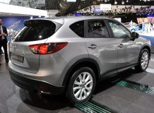 Автомобиль Мазда CX-5