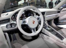Салон Porsche 911 (991) 2012 года