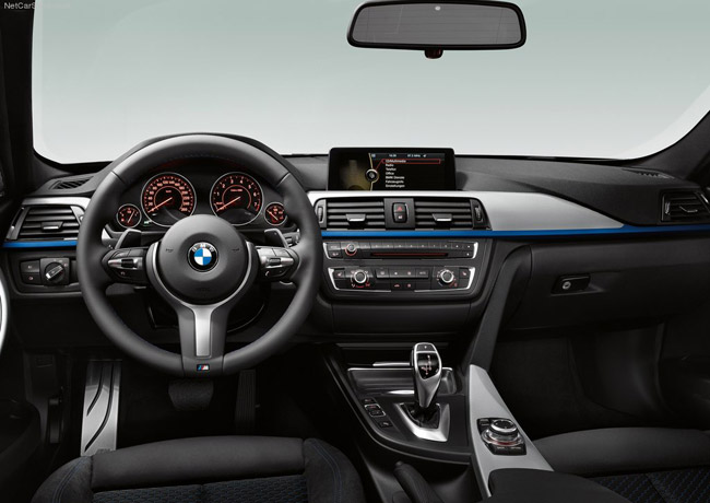 Салон новой BMW 3-Series F30 с M-пакетом