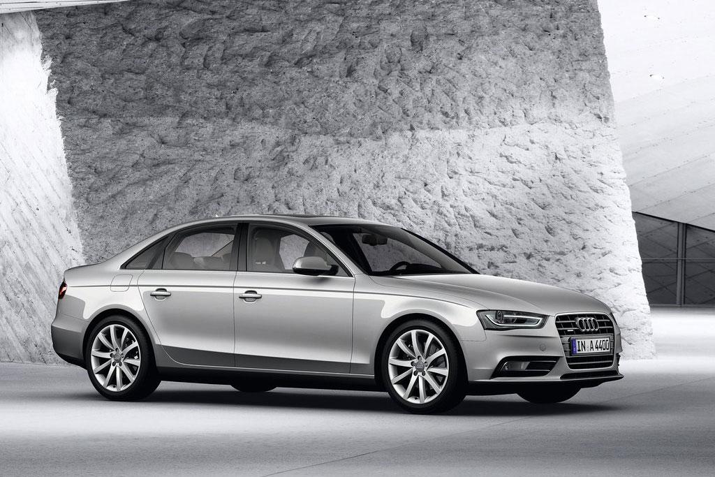 Новая Audi A4 B8 фото