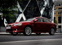 Фото седана Mitsubishi Lancer 10