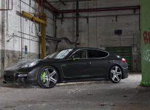 Фото Porsche Panamera S Hellboy