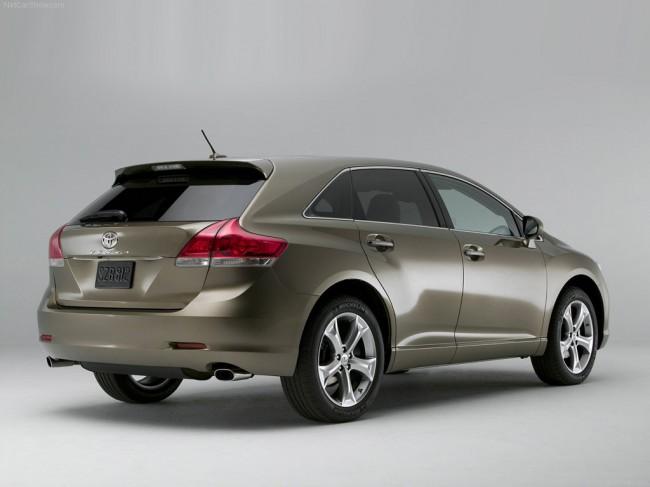 Кроссовер Toyota Venza может появиться в России