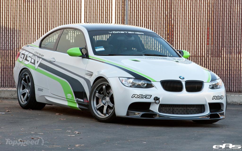 Фото тюнинговой BMW M3 GTS-V