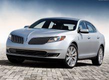 Фото нового Lincoln MKS 2012
