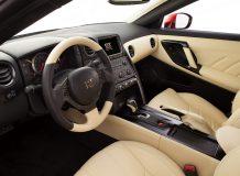 Салон Nissan GT-R 2014