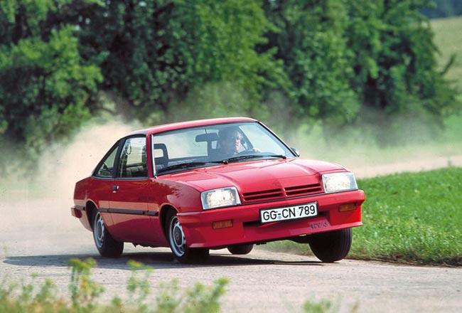 Фото Opel Manta B