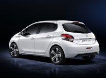 Фото нового Peugeot 208 GT Line