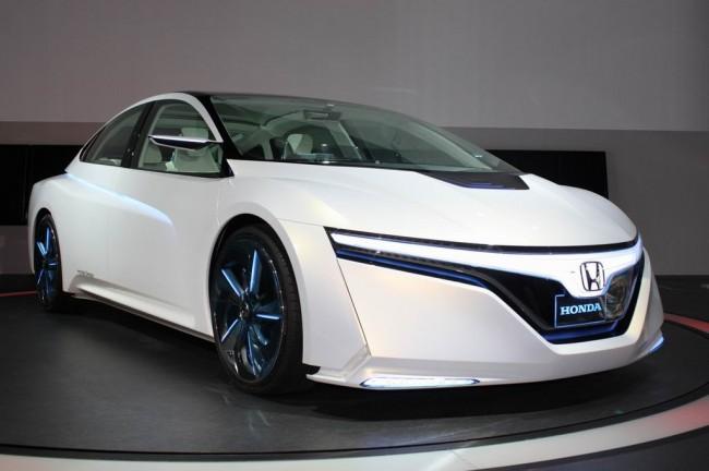 Honda представила в Токио концепт AC-X
