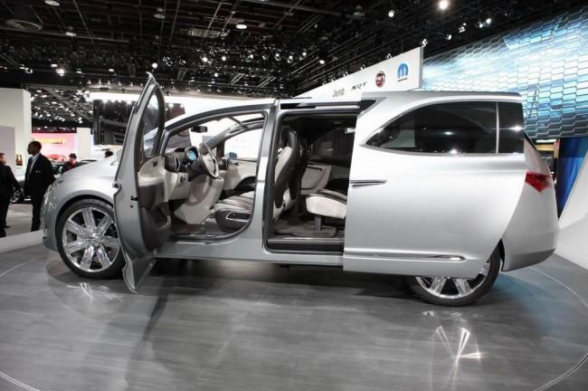 Chrysler 700C Concept на автосалоне в Детройте
