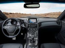 Фото салона Hyundai Genesis Coupe