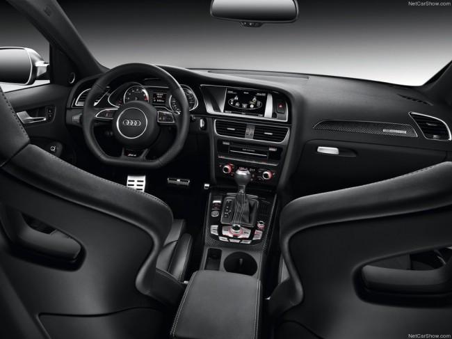 Салон Ауди RS4 Avant