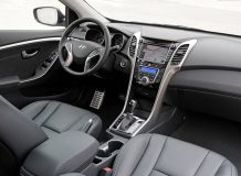 Салон Hyundai Elantra GT фото