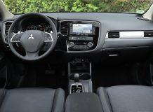 Фото салона Mitsubishi Outlander 2012