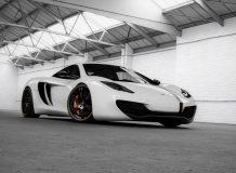 Фото тюнинг McLaren MP4-12C
