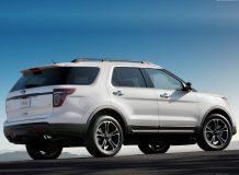 Ford Explorer Sport фото