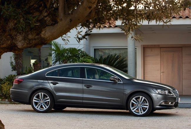 Фото нового Volkswagen Passat CC 2012