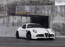 Тюнинг Alfa Romeo 8C от ателье Wheelsandmore