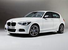 BMW M135i фото