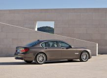 Новая BMW 750 Li 2015