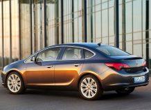 Opel Astra J седан фото