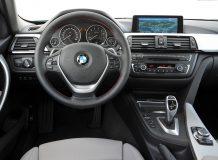 Фото салона гибридной BMW 3