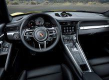 Салон Porsche 911 (991.2) Carrera 4S