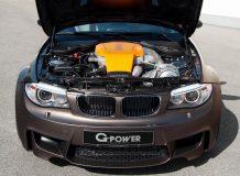 Двигатель V8 под капотом BMW 1 M Coupe