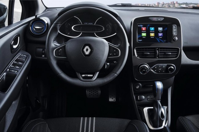 Салон Рено Клио 4 RS