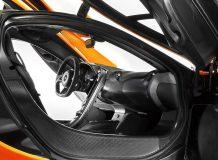 Салон McLaren P1 фото