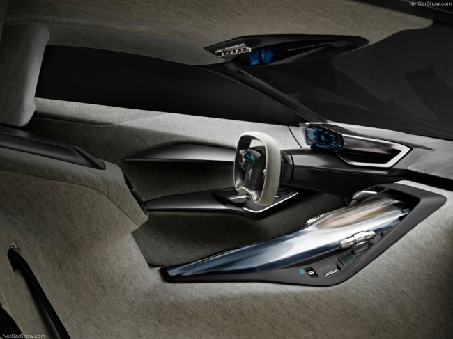 Интерьер Peugeot Onyx Concept
