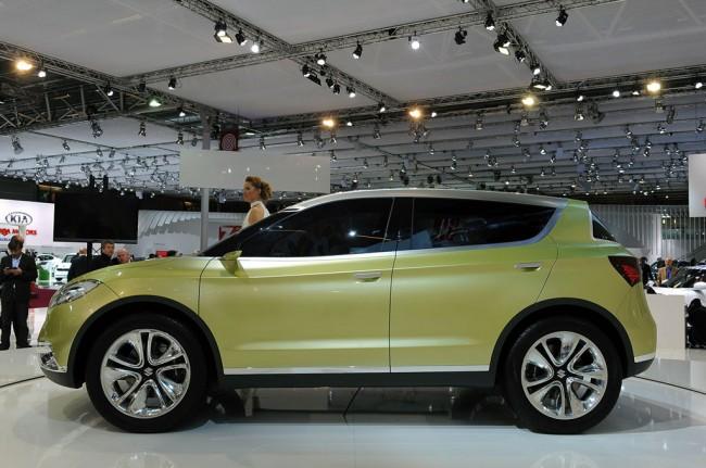 Suzuki показала в Париже S-Cross Concept
