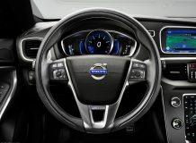 Фото салона Volvo V40 R-Design