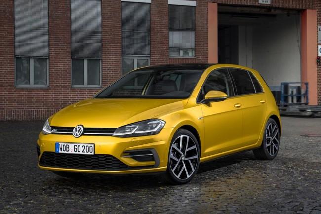 Обновленный Volkswagen Golf 2017 года
