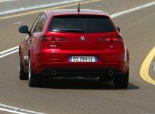 Автомобиль Alfa Romeo 159 универсал