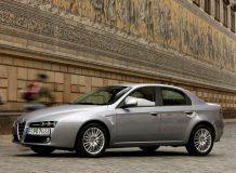 Авто Alfa Romeo 159 фото