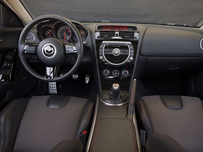 Салон Mazda RX-8 фото