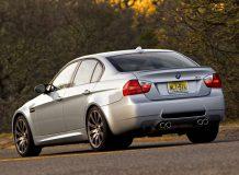 Фото седана BMW M3 в кузове E90