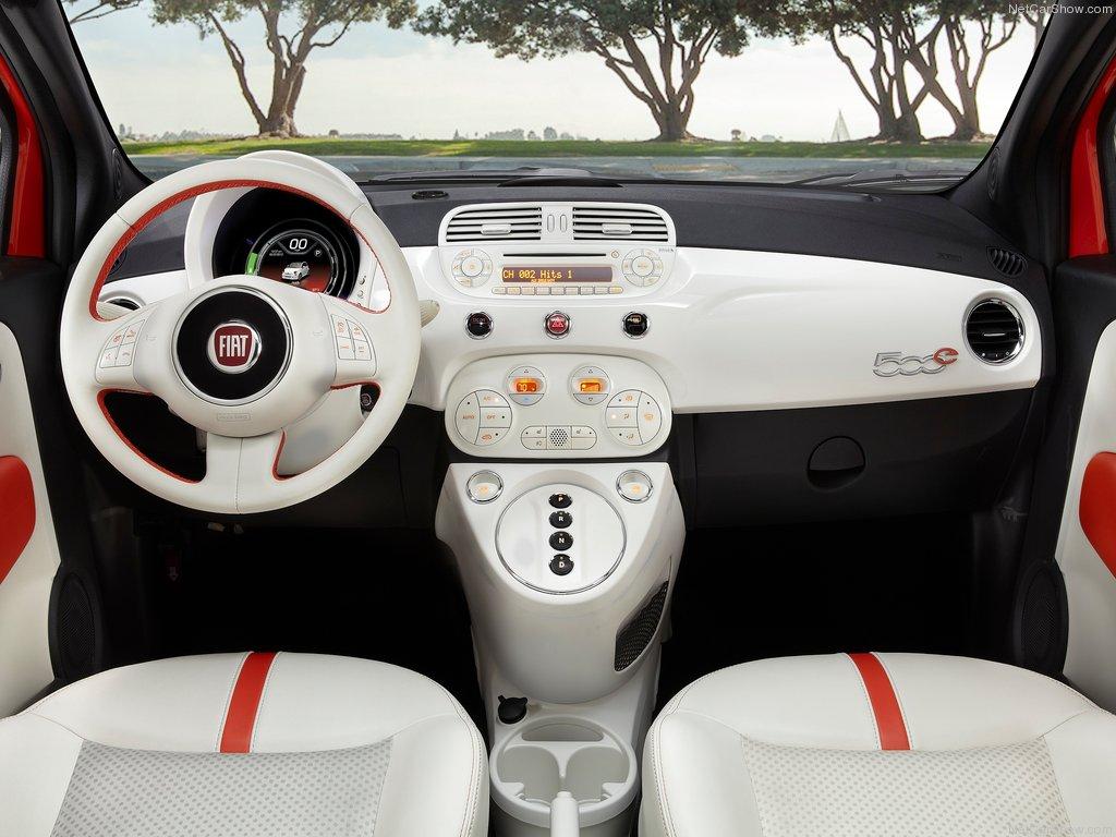Фото салона Fiat 500e