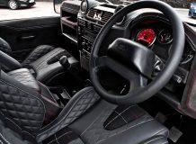 Тюнинг салона Land Rover Defender фото