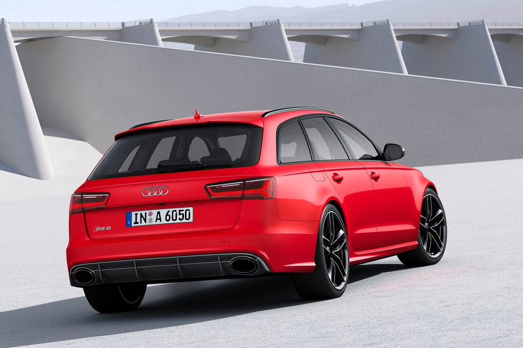 Обновленная Audi RS6 Avant 2015