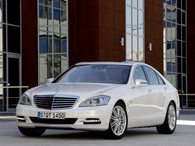 Фото Mercedes S-Class Hybrid