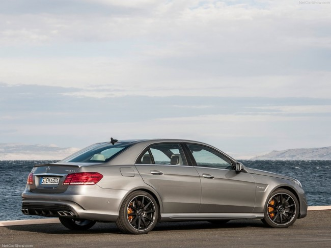 Mercedes E63 AMG 4MATIC S-Model