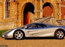 Суперкар McLaren F1