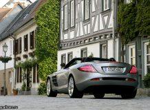 Фото родстера Mercedes SLR AMG