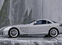Фото суперкара Mercedes SLR